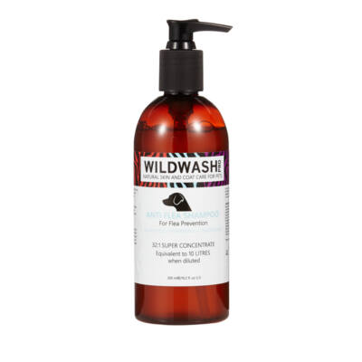 WildWash Pro - 100% természetes Bolha Stop kutyasampon 1:32 = 9,6 liternyi